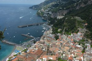Strhující pobřeží Amalfi je žádanou destinací pro Italy i celebrity zHollywoodu