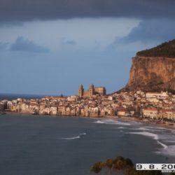 Itálie - Sicílie Cefalú – atmosféra středověkého města a teplé moře