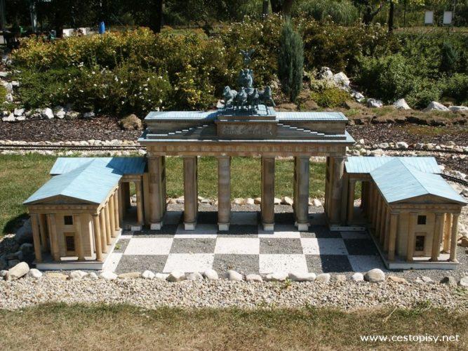 Miniuni Ostrava – Svět miniatur