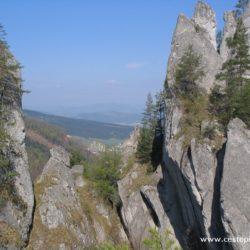 Slovensko - Sulovské skály - nemusíte být zrovna horolezci