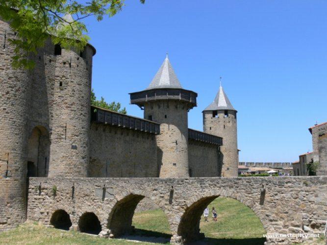 Jihozápadní Francie - Rocamadour, Carcassonne a Camargue