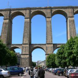 Francie - Jižní pobřeží Bretaně s carnackými menhiry