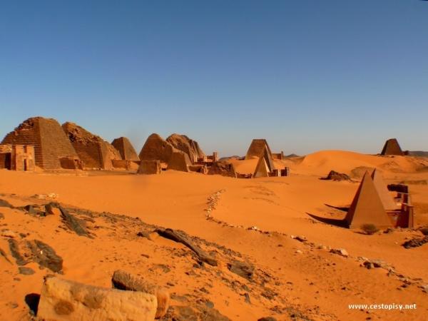 Beragawiyah - Pyramidy Meroe severni pohrebiste