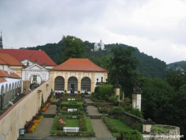 Růžová zahrada Děčín